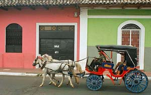 Horse carrige on streets of Nicaragua - flickr-86778817@N00